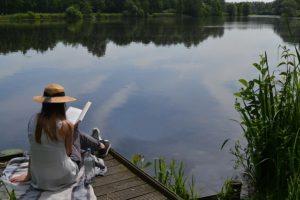 leggere-al-lago