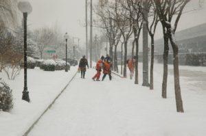 neve aiutarsi